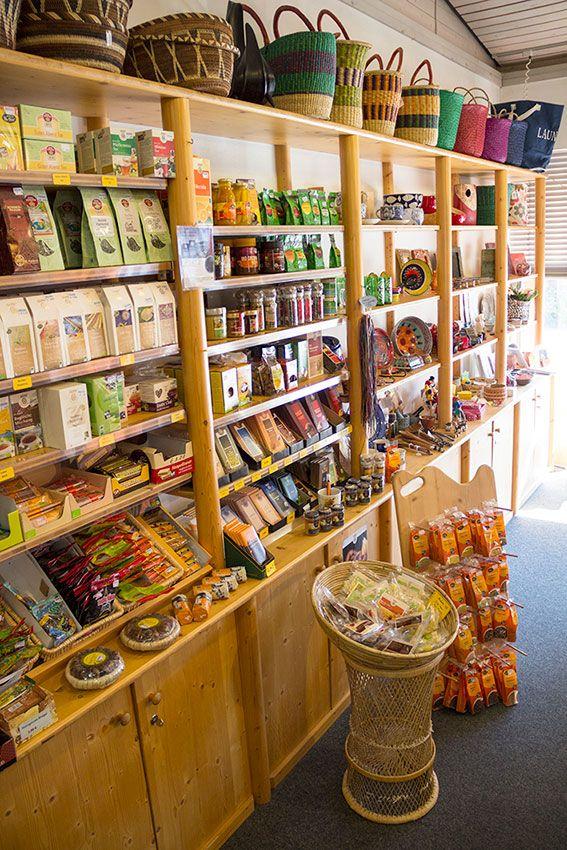 Produkte aus fairem Handel im Weltladen Neuendettelsau