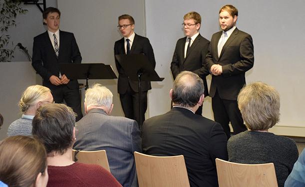 Konzert ehemaliger Windsbacher im Rahmen der Weihnachtsfeier von Mission EineWelt. © Denk/MEW