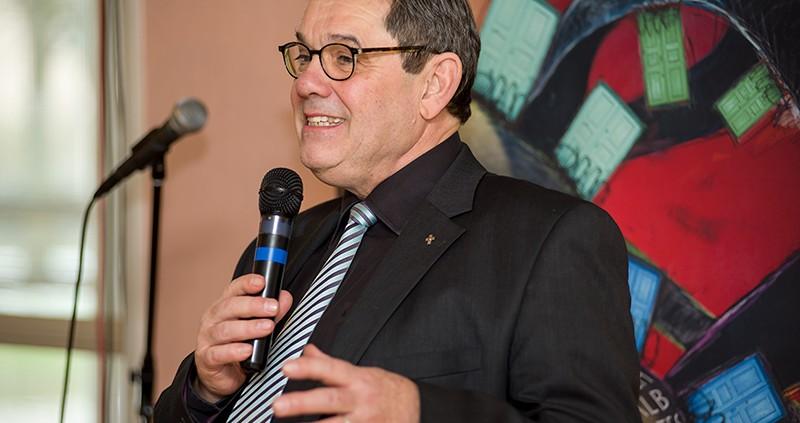 Der scheidende Direktor Peter Weigand stand bei der Frühstücksmatinee Rede und Antwort. © MEW/Ermann
