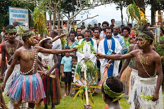 Einsetzung eines Pastors in der ELC PNG