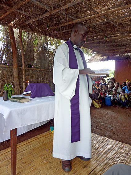 Gottesdienst in Mosambik © MEW/Weigand