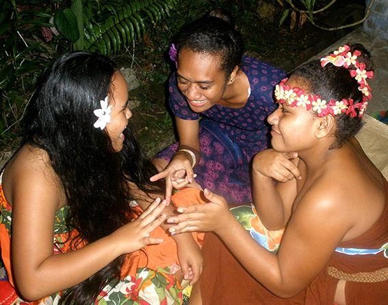 Arbeit der Freiwilligen auf Fidschi © Schwarz