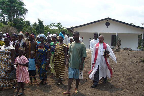 Gottesdienst in Morlakweleh, Liberia © MEW/Rimroth