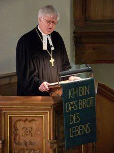 Landesbischof Bedford-Strohm bei seiner Predigt in der St. Nikolai-Kirche. © MEW/Neuschwander-Lutz