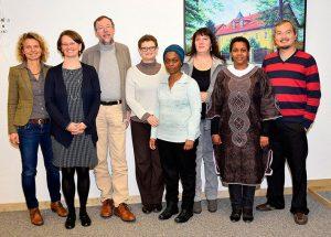 Das Vorbereitungsteam für den internationalen Master beim Treffen in Neuendettelsau mit Dr. Gabriele Hoerschelmann, Direktorin des Centrums © MEW/Denk
