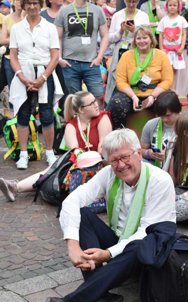 Mitten unter dem Publikum: Der EKD-Ratsvorsitzende und bayerische Landesbischof Dr. Heinrich Bedford-Strohm