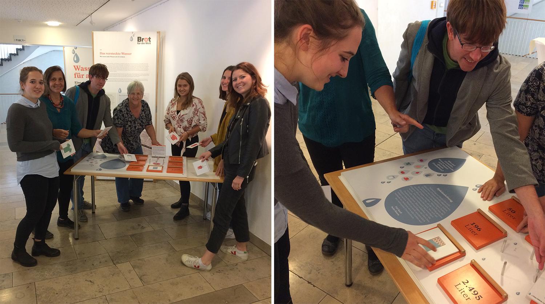 """Zur Ausstellung """"Wasser für alle"""" im Caritas Pirckheimer Haus werden Workshops für Schulkassen angeboten, die WorkshopleiterInnen haben sich bei einer Schulung gut vorbereitet. (Foto: Helga Riedl, Menschenrechtsbüro Nürnberg)"""
